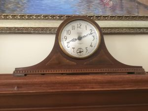 Antique Sessions Electric Mantle Clock with Westminster Chime No 97DW for Sale in Richfield, OH