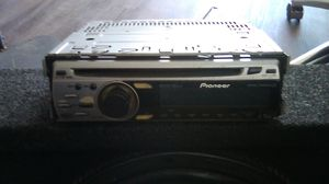 20 inch Memphis subwoofer with pioneer stereo for Sale in Phoenix, AZ