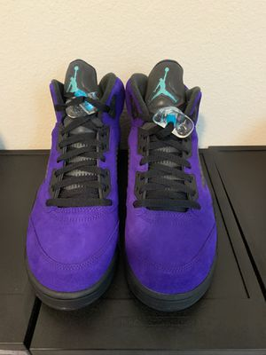 Air Jordan 5 purple grape size 9 for Sale in Clovis, CA