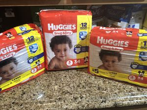 Huggies Diapers Sz 3 for Sale in Fort Washington, MD