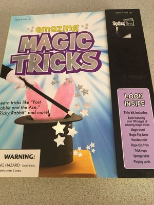 Amazing Magic Tricks kit w/instruction book for Sale in Delaware, OH