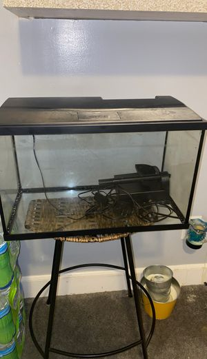 20 Gallon Fish Tank $30.00 for Sale in Baltimore, MD
