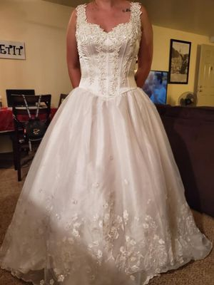 Wedding Dress for Sale in Spring Valley, CA