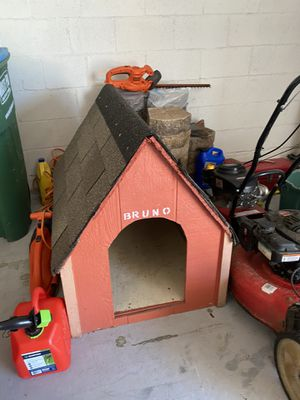 Dog house for Sale in Melbourne, FL