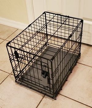 Like New Small 1 Door Dog Crate Kennel Cage for Sale in Goodyear, AZ