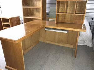 Custom Office Desk Set. Need gone today for Sale in Lutz, FL