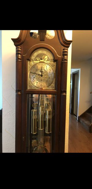 WTB ANTIQUE CLOCK for Sale in Chicago, IL