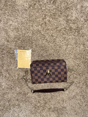 Louis Vuitton over the shoulder bag for Sale in Tacoma, WA