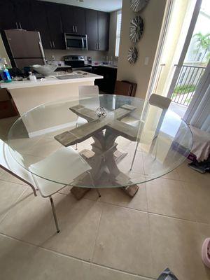 Z Gallerie dining table originally $999 for Sale in Miramar, FL