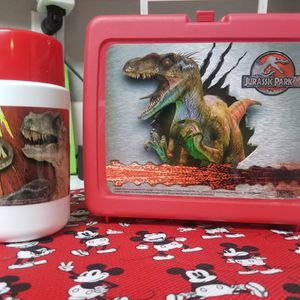 Vintage Collectable Jurassic Park 3 Lunchbox for Sale in Modesto, CA