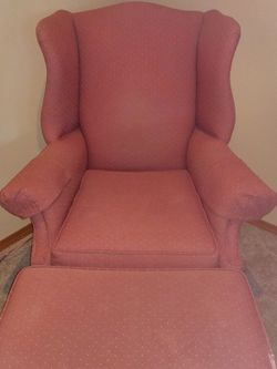 Wingback Chair for Sale in Lynnwood,  WA