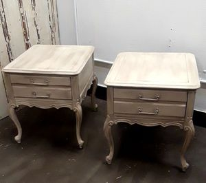 Pair of end tables for Sale in Vancouver, WA
