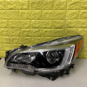 2015-2019 SUBARU WRX LEFT HEADLIGHT DRIVER SIDE USED GENUINE OEM. P1 for Sale in Lynwood, CA