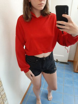 Red Crop Top Hoodie (M) for Sale in Wenatchee, WA
