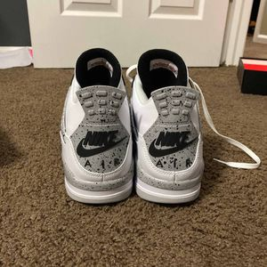 Air Jordan Retro 4 White Cement for Sale in Bothell, WA