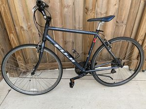 Fuji Absolute 4.0 Hybrid Aluminum Bike for Sale in Manassas, VA