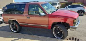 1998 two door chevy tahoe 4x4 for Sale in San Francisco, CA