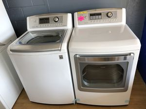 LG white washer and dryer set for Sale in Woodbridge, VA