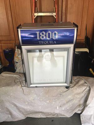 Small refrigerator for Sale in Hialeah, FL