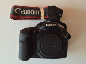 Canon EOS 40D 10.1 MP Digital SLR Camera (Body only) for Sale in Miami, FL