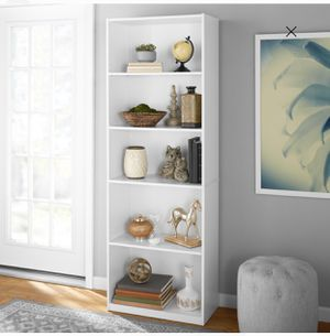 "Mainstays 71"" 5 Shelf Bookcase, White for Sale in Detroit, MI"