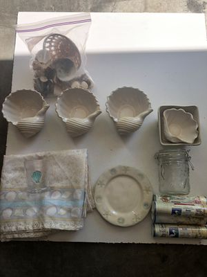 Seashell Decoration Lot (13+ Pieces) for Sale in Cleveland, TN