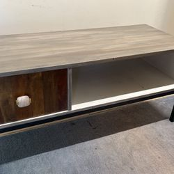 MCM Cute Grey Coffee Table Or Cabinet for Sale in Battle Ground,  WA