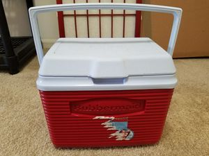 Rubbermaid Cooler for Sale in Dublin, OH