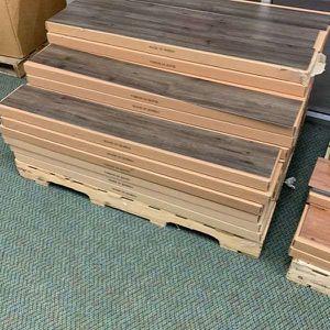 Vinyl Flooring 🙈🍂⚡️⚡️✔️⏰⏰🔥😀🙈🍂⚡️✔️⏰🔥😀🙈🍂✔️ R9Y for Sale in Houston, TX
