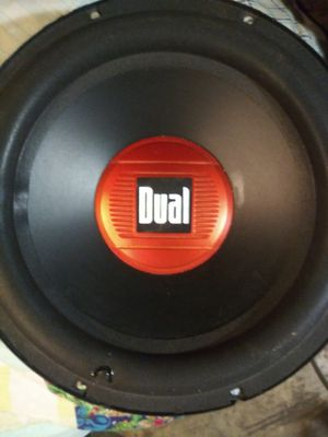Like new 12 in dual subwoofer for Sale in St. Louis, MO