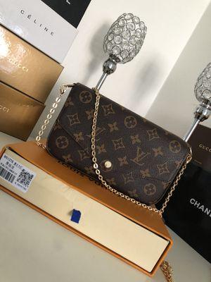 Designer purse for Sale in Gardena, CA