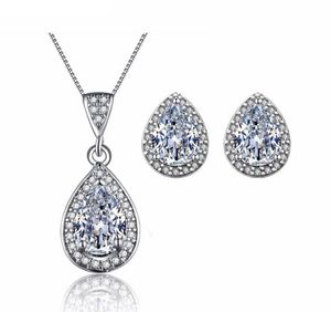 New 18 k white gold necklace with earrings for Sale in Orlando, FL