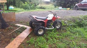 350X three-wheeler runs and drives great breaks everything works for Sale in Montesano, WA
