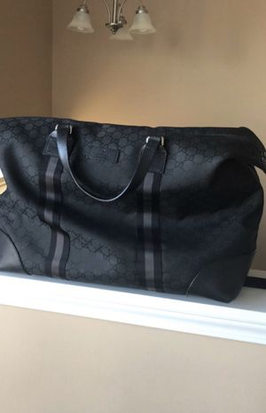 Gucci Canvas Weekender bag for Sale in Oswego, IL