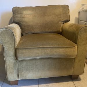Sofa and 2 loveseats gold beige great condition for Sale in San Diego, CA
