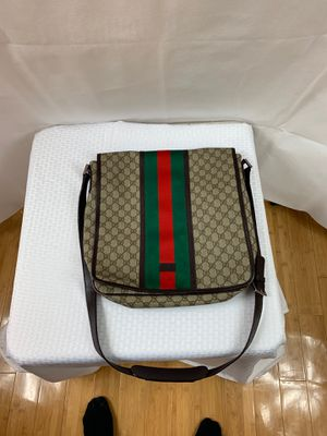 Gucci bag for Sale in Snellville, GA