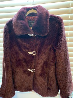 Ferry Lewis Fur size med boots sold separately size 5 for Sale in Mesa, AZ