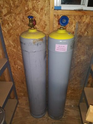 Hvac freon tanks with freon for Sale in Columbus, OH