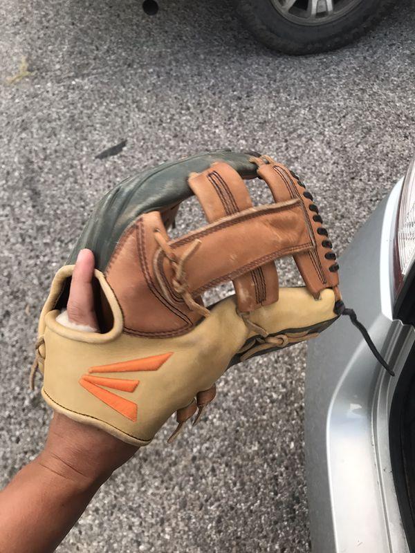 Easton baseball glove