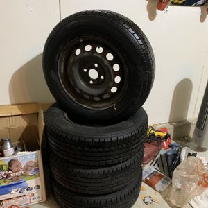 180/70/R14 Tires with Rims for Sale in Elgin, IL