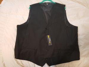 XL Claiborne 5 button tux vest. Never worn for Sale in Renton, WA