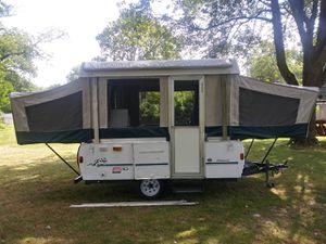 1998 colemen pop up camper for Sale in Goshen, OH