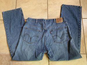 Men's size 38/34 Levi's for Sale in Davenport, FL