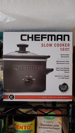 1.5 quart slow cooker for Sale in Baltimore, MD