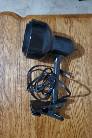 Clip-On Bedside Lamp w/ Lightbulb for Sale in Washougal, WA