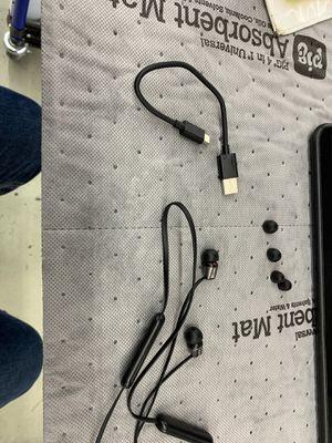 Sony wireless earbuds for Sale in Phoenix, AZ