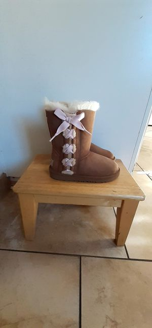 Girls ugg boots for Sale in Riverside, CA