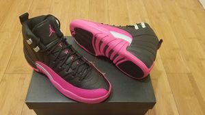 Jordan retro 12's size 5.5y in youths for Sale in South Gate, CA