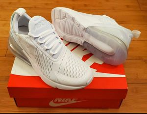 Nike Air Max 270 size 6 for women = Fits size 4.5y youths. for Sale in Lynwood, CA