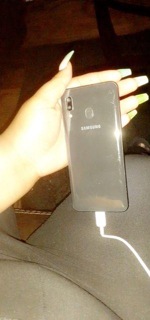 Samsung A20 for Sale in Beecher, MI